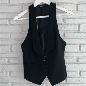 Express Design Studio Black Vest 🖤